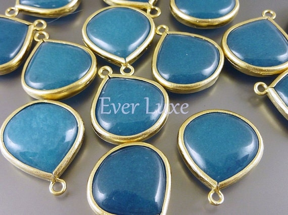 5090G-TE (2 pcs) Teal / Gold Smooth large tear drop with simple frame pendants
