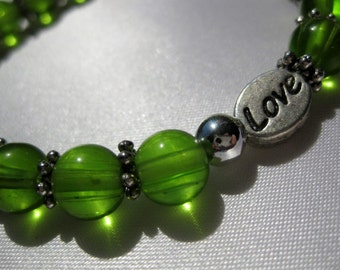 Handcrafted Bracelet Jewelry Green Glass Beads silver plated spacers Love Heart stretchy