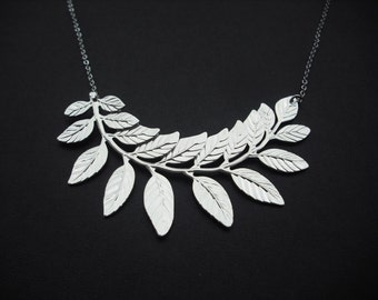 touch of life necklace - silver finish