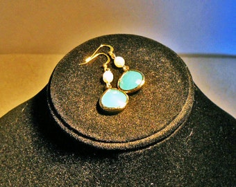 FREE SHIPPING.  High Fashion Earrings. tropical ocean blue; white pearls; and polished gold plated framed glass earrings