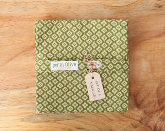 Set of 6 Green Cloth Napkins