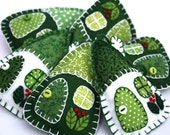 Felt christmas ornaments, handmade Irish cottages, Green and white patchwork houses, miniature houses, house ornaments, felt house ornaments