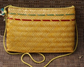 Vintage Yellow Straw Across the Body Purse or Clutch