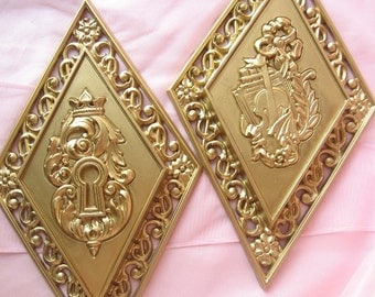Victorian Chic Gold Tone Wall Plaques