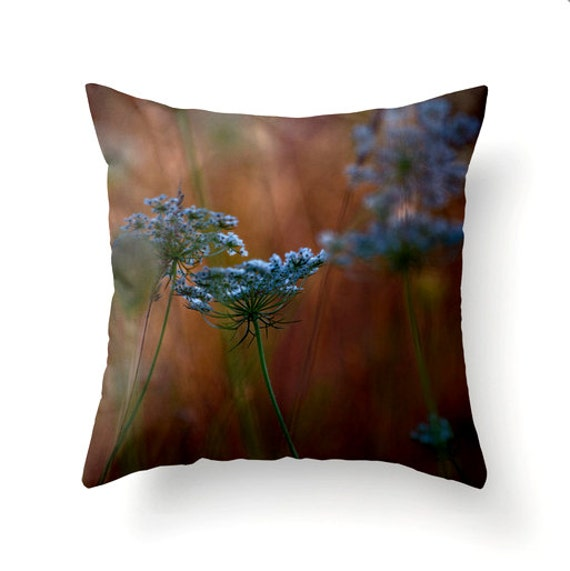 Throw Pillow Trends 2015 : Decorative Throw Pillow Queen Anne s Lace autumn trends