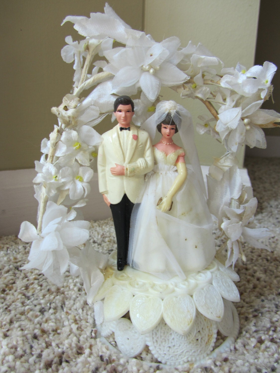 retro wedding cake toppers vintage cake topper caketopper wedding groom 1960s 19202