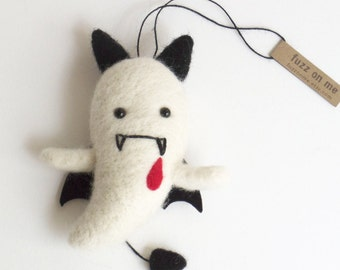 Vampire Halloween figurines : needle felted ghost ornament goth kawaii decor