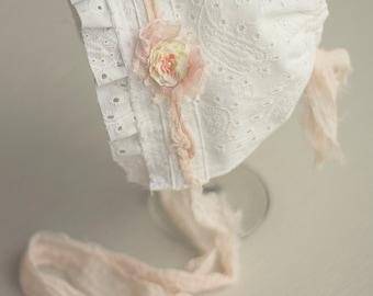 NAOMI. Fabric Bonnet. White. Eyelet. Paisley. Newborn. Baby Girl. Photo Prop.Vintage Style. Tolola Design.