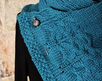 Knitted scarf in blue - Handmade by T. Catana - Gift for Her - Women Fashion - Ready to Ship!