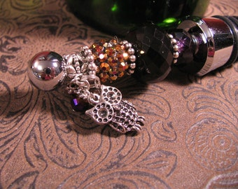 OWL Charm Beaded Wine Bottle Stopper in Purple and Black and Brown
