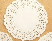 100 Flower Lace Paper Doilies - M (5.5in)