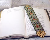Jacquard Green and Gold Middle Eastern Bookmark with Double Griffin Brass Finding
