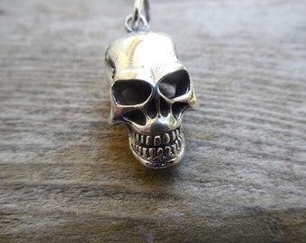skull pendant in sterling silver