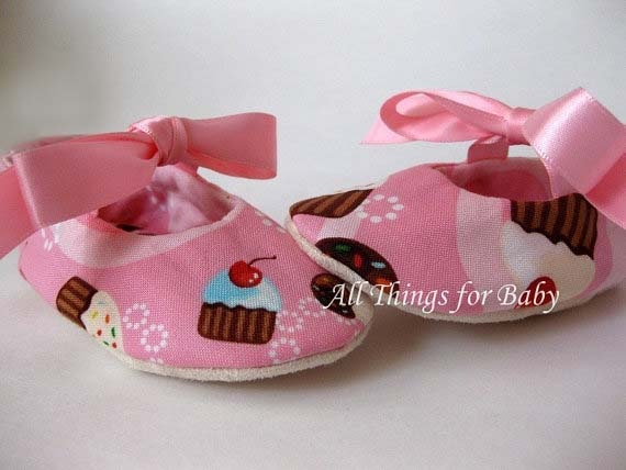 SALE 50% OFF Cupcake baby girl shoes first birthday mary jane ballet flats size 6- Party, Party