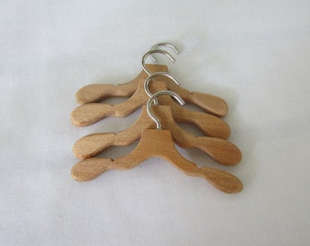 Blythe Barbie Ken doll clothes hangers.  Wood Doll Clothes Hangers - no accessory clips - set of 4