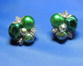 Vintage Green Crystal Earrings Lovely Crystal & Glass Clip On Earrings   (sn 951) - OodlesofBling