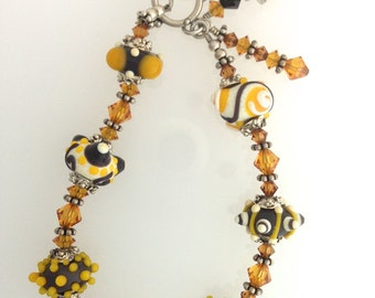 Artisan Lampwork and Swarovski Crystal Bracelet       (12-0182)