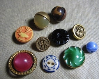 Variety of Vintage Buttons