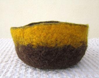 felted bowl -earth awakening-