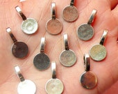 Pendant Bails (Round / Tibetan Silver / 10pcs) (9mm x 18mm) Metal Findings DIY Pendant Bracelet Earrings Zipper Pulls Bookmarks CHM402