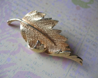 Beautiful Coro Autumn Leaf Brooch Sixties