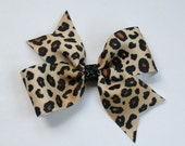 """Girls Pinwheel Hair Bow Leopard & Black Sparkle Center 1.5"""" Grosgrain Ribbon"""