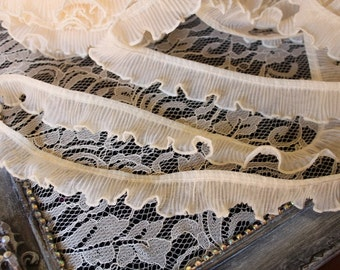 Ivory color beautiful ruffled trim 1 yard listing 1 1/2 inches wide