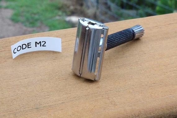 """Vintage Gillette Super Speed Safety Razor 1967 """"M2"""" Date Code"""
