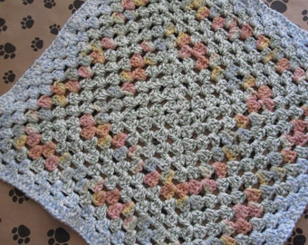 Crocheted Pet Blanket - Multicolor - Tweed