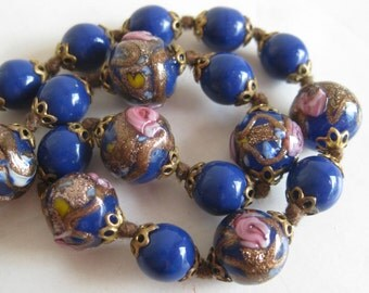 Vintage 40s Italian Venetian Blue Gold Fleck Art Glass Graduated Bead Necklace