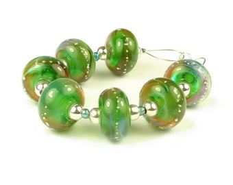 Vert -  Handmade Lampwork Glass Beads