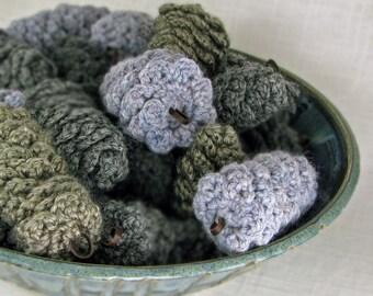 Natural Decoration Pinecone Ornament Vase Filler - Grays -  (6 Cones)