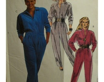 Womens Jumpsuit Pattern, Zipper Front, Stand Up Collar, Long Sleeves, Belted, McCalls No. 4573 UNCUT Size 8
