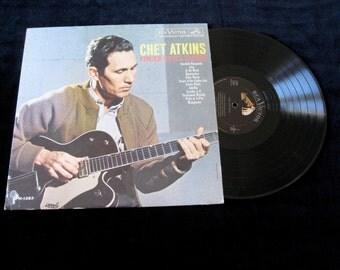 Chet Atkins 1961 Nm- Vintage Vinyl  Record   Original  RCA Victor LP Excellent Finger Style Guitar