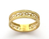 Vintage Diamond Openwork Band in Yellow Gold
