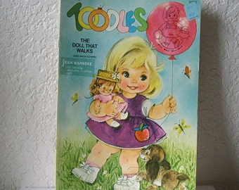 Paper Doll Booklet, TOODLES, the paperdoll that walks, uncut Saalfield, 1966.