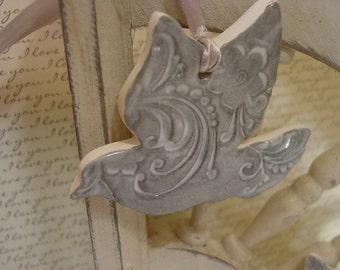 25 Ceramic Dove Ornaments - Wedding Favor, Wedding Decor, Anniversary Favor, Party Favor