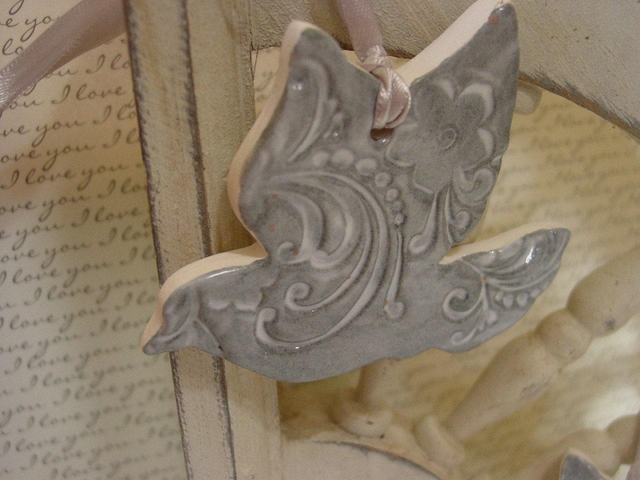 25 ceramic dove ornaments wedding favor by gardenspellghosttale
