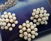 25 mm Unique  gold metal  buttons  with white Lucite round pearls and tiny rhinestones bridal accessory embellishment alter art