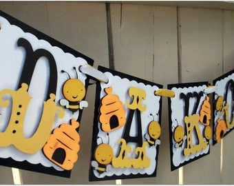 Handmade Banner - Custom made - GO GREEN - Name Banner Happy Birthday Baby Shower Bees Birthday Party