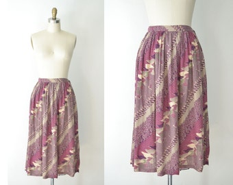 1970s Bird Print Skirt / 70s Plum Printed Skirt