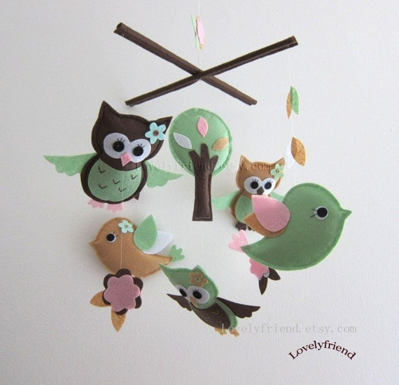 """Baby Mobile - """"Green Jungle"""" mobile - green and tan crib mobile - lovely birds lovey owl Nursery mobile (Select your fetl cholor)"""