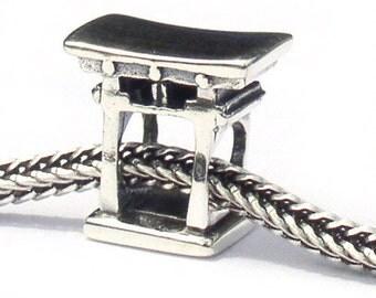 Torii Gate Meiji Shrine Landmark Bead Sterling Silver LM022