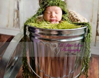 Newborn Oscar The Grouch Hat
