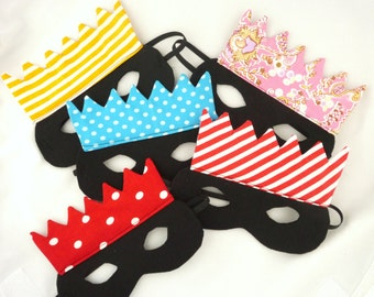 set of five mask for your party !