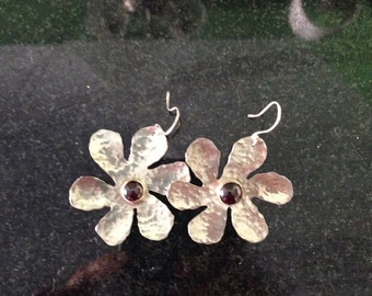 Silver and garnet flower earrings