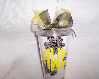 Personalized Insulated DAISY Acrylic Tumbler with Straw GIFT Wrapped!
