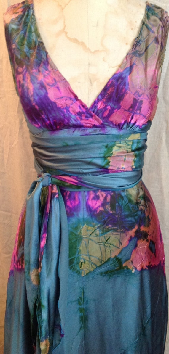 Items similar to hot pink green purple gold silk vneck for Tie dye wedding dress