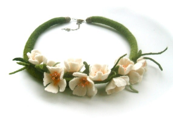 Handmade flowers necklace Blossoms- felt necklace- floral accessories - handmade- wool necklace