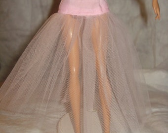 Fashion Doll Coordinates - Ankle length Tulle net under skirt in lite pink - LSP